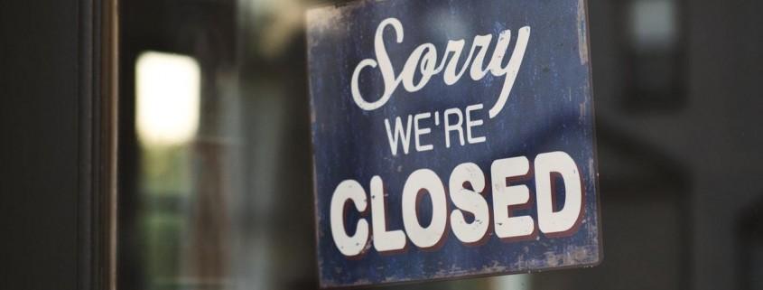 closed-photo-1498811008858-d95a730b2ffc